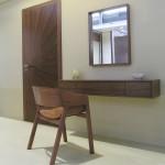 Toaletní stolek + zrcadlo - OŘECH AMERICKÝ